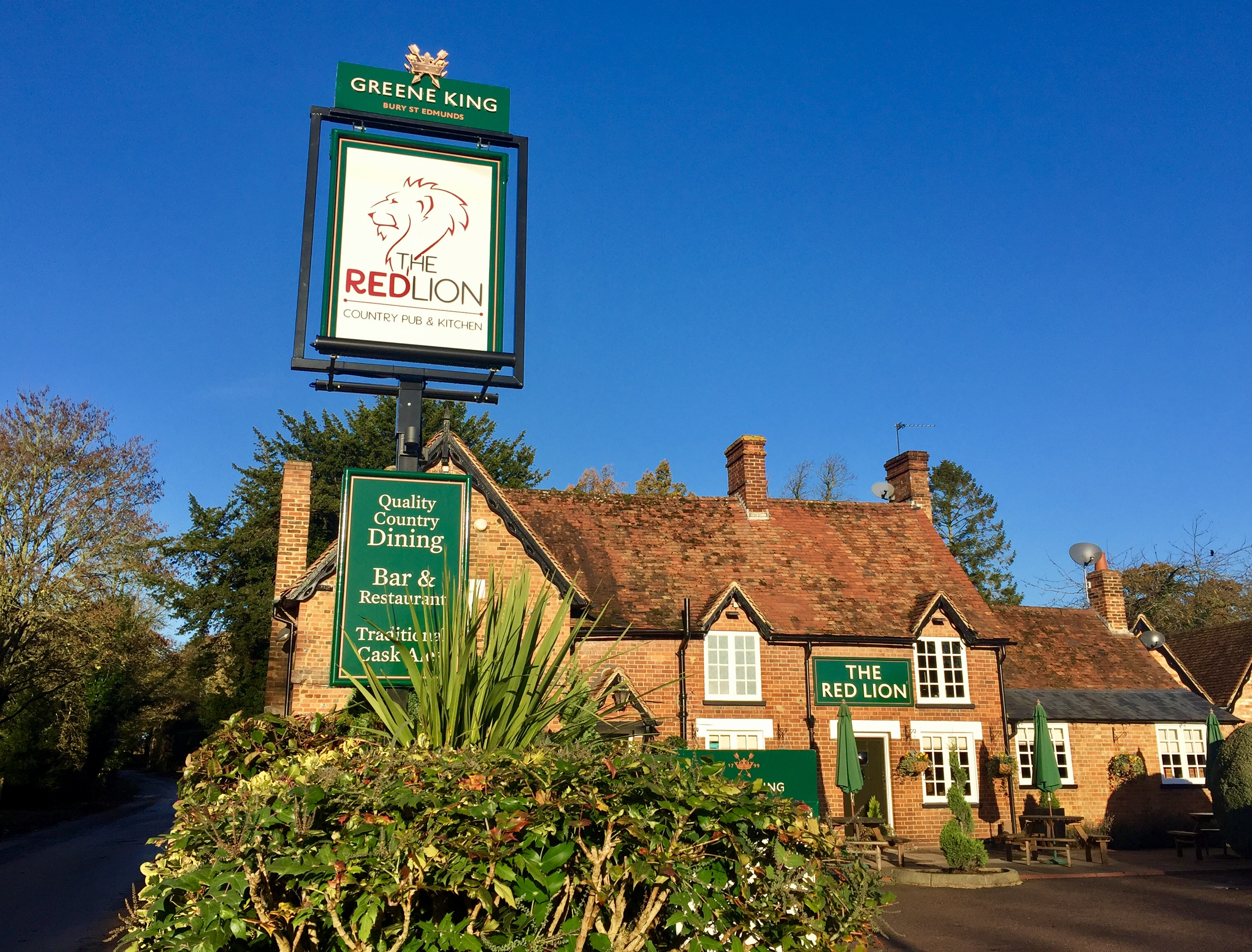 The Red Lion at Milton Bryan